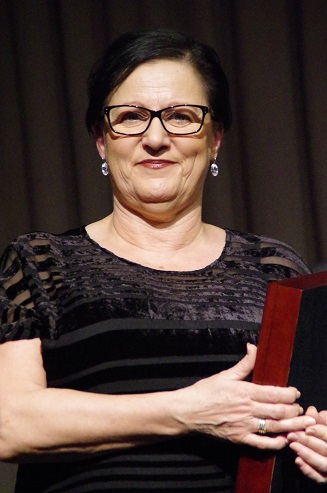 Marg Lewis Sports Administrator of the Year 2017.jpg